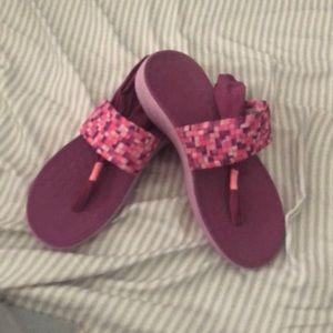 Vionic slingback sandals